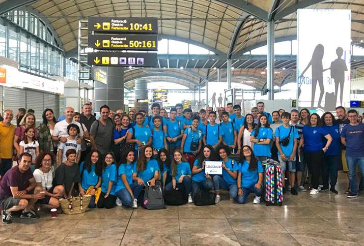 ¡El aeropuerto de Alicante se tiñe de Azul Eurobridge!