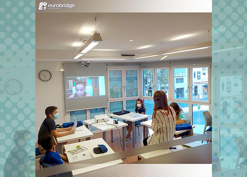 Eurobridge implementa la modalidad híbrida en la enseñanza del inglés